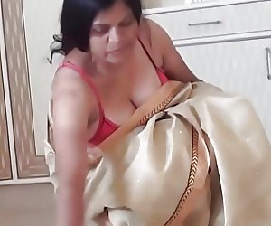 Indian Mom Tubes
